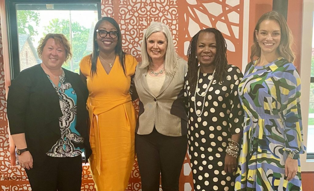 In honor of Columbus Young Professionals Week, YES! Columbus hosted a special Leading with Empathy Panel event featuring a diverse array of prominent Columbus women across different sectors.